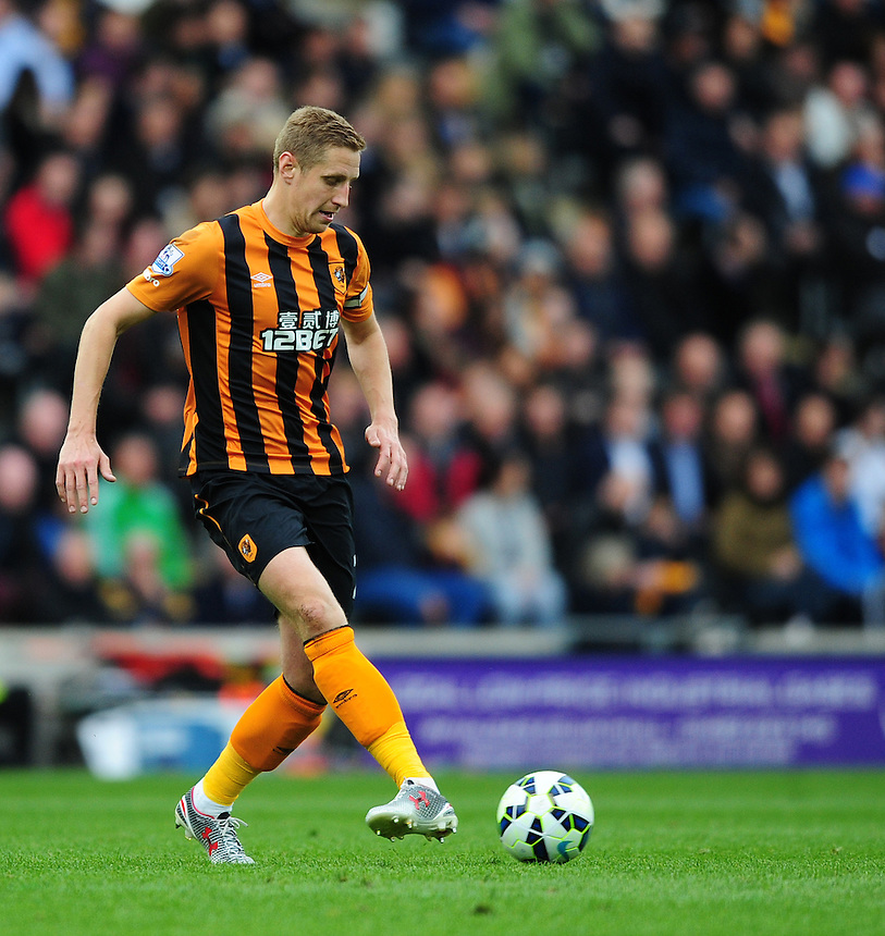 Hull City's Michael Dawson<br /> <br /> Photographer: Chris Vaughan/CameraSport<br /> <br /> Football - Barclays Premiership - Hull City v Burnley - Saturday 9th May 2015 - Kingston Communications Stadium - Hull<br /> <br /> &copy; CameraSport - 43 Linden Ave. Countesthorpe. Leicester. England. LE8 5PG - Tel: +44 (0) 116 277 4147 - admin@camerasport.com - www.camerasport.com