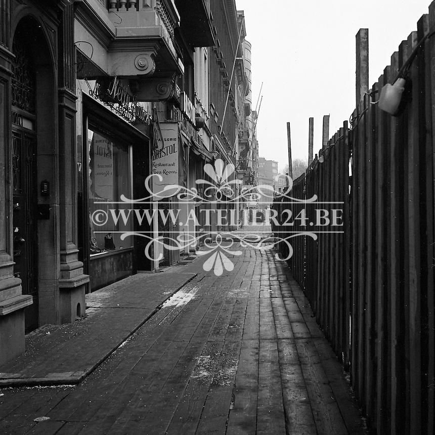 Maart 1971. Bouw premetro in Antwerpen. Meir winkelstraat.