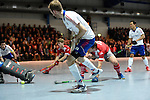 Mannheim, Germany, January 24: During the 1. Bundesliga Herren Hallensaison 2014/15 quarter-final hockey match between Mannheimer HC (white) and Club an der Alster (red) on January 24, 2015 at Irma-Roechling-Halle in Mannheim, Germany. Final score 2-3 (1-2). (Photo by Dirk Markgraf / www.265-images.com) *** Local caption *** Fabian Pehlke #23 of Mannheimer HC