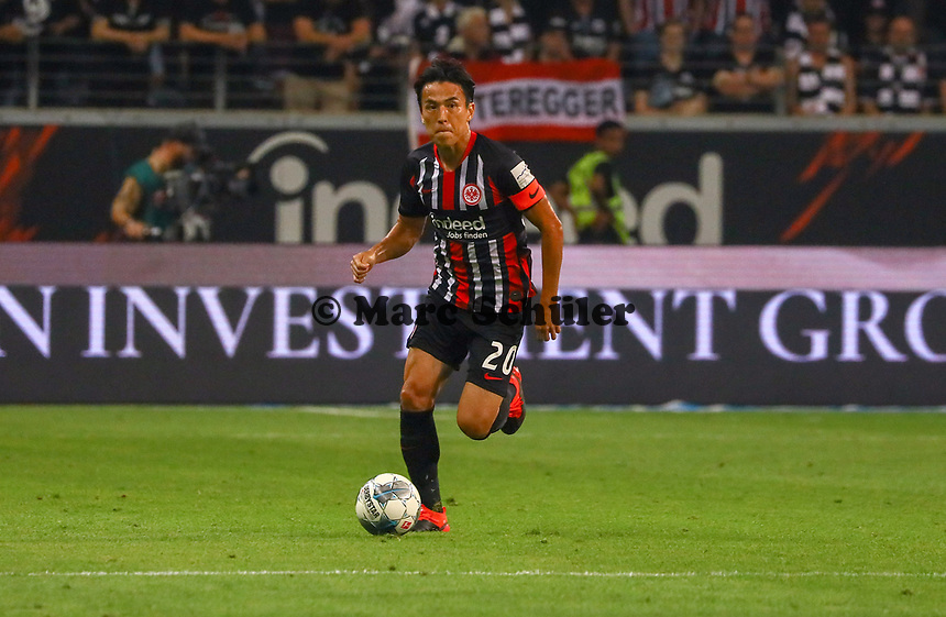 Makoto Hasebe (Eintracht Frankfurt) - 29.08.2019: Eintracht Frankfurt vs. Racing Straßburg, UEFA Europa League, Qualifikation, Commerzbank Arena<br /> DISCLAIMER: DFL regulations prohibit any use of photographs as image sequences and/or quasi-video.