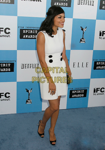 ROSARIO DAWSON.The 2007 Independent Spirit Awards held at the Santa Monica Pier, Santa Monica, California, USA..February 24th, 2007.full length white sleeveless dress black buttons.CAP/ADM/RE.©Russ Elliot/AdMedia/Capital Pictures