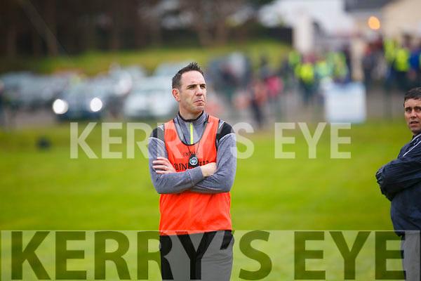 Piarsaigh na Dromodas Bainisteoir Declan Ó Súilleabháin waits for the half time whistle with his side down by a goal & 2 points.