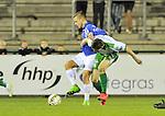 2015-10-24 / voetbal / seizoen 2015-2016 / ASV Geel - Dessel Sport / Een duel om de bal tussen Geert Berben (l) (Geel) en Wolke Janssens (r) (Dessel Sport)