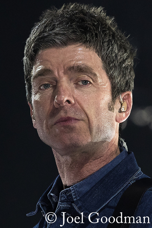 © Joel Goodman - 07973 332324 . 04/05/2018 . Manchester , UK . NOEL GALLAGHER performs with Noel Gallagher's High Flying Birds at the Manchester Arena . Photo credit : Joel Goodman