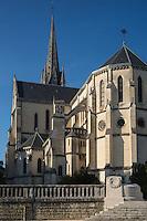 France, Aquitaine, Pyrénées-Atlantiques, Béarn, Pau : Eglise Saint-Martin  //  France, Pyrenees Atlantiques, Bearn, Pau: St Martin church