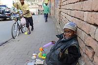 MADAGASCAR Antananarivo, street children / MADAGASKAR Antananarivo, Strassenkinder