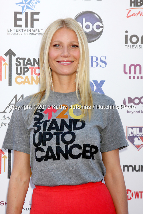 LOS ANGELES - SEP 7:  Gwyneth Paltrow arrives at the 2012 Stand Up To Cancer Benefit at Shrine on September 7, 2012 in Los Angeles, CA