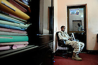 Mogadishu/Somalia 2012 - TFG soldiers guarding the Mayors office. Al-Shabaab has put a price on the Mayor head.
