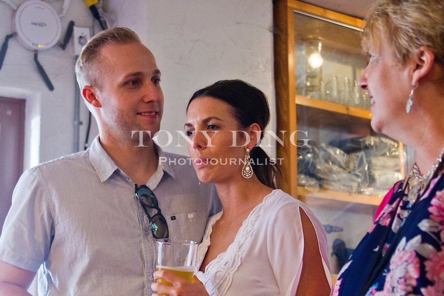 2 May 2015: Brent and Nicole Cox Wedding at The Casino in San Clemente, CA. (Photo by Tony Ding)