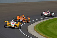Verizon IndyCar Series<br /> Indianapolis 500 Carb Day<br /> Indianapolis Motor Speedway, Indianapolis, IN USA<br /> Friday 26 May 2017<br /> Oriol Servia, Rahal Letterman Lanigan Racing Honda, Fernando Alonso, McLaren-Honda-Andretti Honda, James Davison, Dale Coyne Racing Honda<br /> World Copyright: F. Peirce Williams
