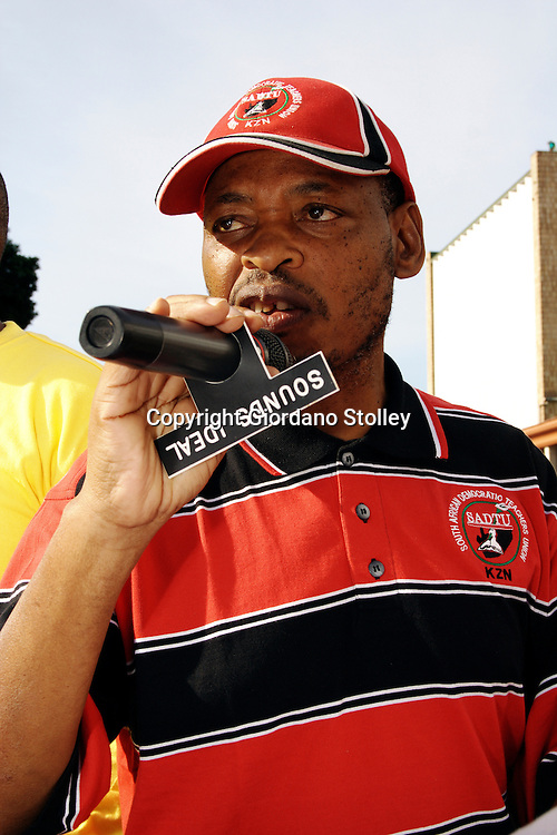 "PIETERMARITZBURG - 25 May 2007 - Sipho ""KK"" Nkosi, the South African Democratic Teachers Union KwaZulu-Natal provincial secretary addresses the more than 20,000 government workers who staged a protest march in Pitermaritzburg on Friday. Government has offered publice sector workers a 6 percent increase, but the workers are demanding 12 percent and are threatening to go on strike from June 1..Picture: Giordano Stolley/Allied Picture Press"