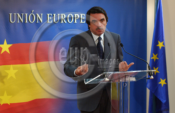 Brussels-Belgium - March 26, 2004---Jose Maria (José María) AZNAR, Spanish Prime Minister, during his press conference after attending -for the last time- a European Council / Summit; in the 'Justus Lipsius', seat of the Council of the European Union in Brussels---Photo: Horst Wagner/eup-images