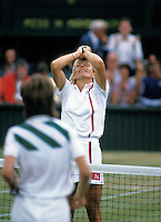1987,Wimbledon,Navratilova in jubilation after defeating Mandlikova in the finals