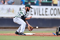 Augusta GreenJackets third baseman Cristian Paulino (9) fields the ball during a game against the Asheville Tourists at McCormick Field on July 16, 2017 in Asheville, North Carolina. The Tourists defeated the GreenJackets 12-3. (Tony Farlow/Four Seam Images)