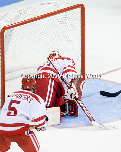 Czarnik goal - Kieran Millan (BU - 31). - The Boston University Terriers defeated the University of Michigan Wolverines 3-2 on Saturday, October 24, 2009, at Agganis Arena in Boston, Massachusetts.