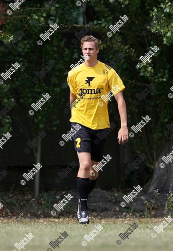 2009-08-09 / Seizoen 2009-2010 / Voetbal / Berchem Sport / Senne Willems..Foto: Maarten Straetemans (SMB)