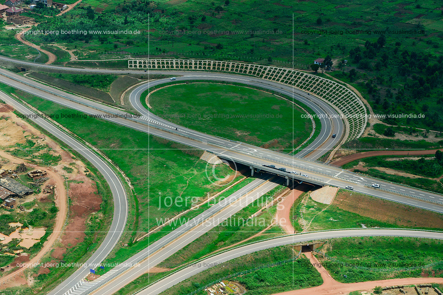 UGANDA, Kampala, new expressway Kampala to Entebbe, built by China Construction Communication Company ( CCCC)