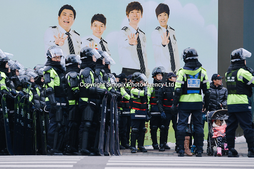 Dec, 2013 - Police forces in riot gear are mobilized to surpress the Korea Railway Workers' Union's strike in Seoul.