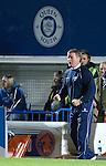 Gordon Chisholm roars on his side
