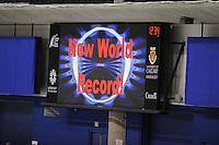 SCHAATSEN: CALGARY: Olympic Oval, 08-11-2013, Essent ISU World Cup, 3000m, Antoinette de Jong (NED) rijdt wereldrecord junioren 4.00,56, ©foto Martin de Jong