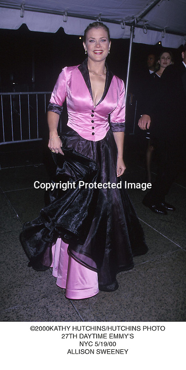 ©2000 KATHY HUTCHINS/HUTCHINS PHOTO..27TH ANNUAL DAYTIME EMMY'S..NEW YORK, NY 5/19/00..