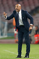 Calcio, Serie A: Napoli, stadio San Paolo, 21 ottobre 2017.<br /> Inter's coach Luciano Spalletti speaks with his during the Italian Serie A football match between Napoli and Inter at Napoli's San Paolo stadium, October 21, 2017.<br /> UPDATE IMAGES PRESS/Isabella Bonotto