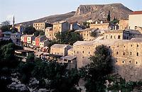 Mostar, città vecchia --- Mostar, old town