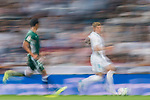 Toni Kroos of Real Madrid (R) fights for the ball with Aissa Mandi of Real Betis (L) during the La Liga 2017-18 match between Real Madrid and Real Betis at Estadio Santiago Bernabeu on 20 September 2017 in Madrid, Spain. Photo by Diego Gonzalez / Power Sport Images