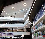 Almere, 13 april 2010<br /> Openbare bibliotheek Almere<br /> Verlichting: Philips.<br /> Architect: Meyer en Van Schooten<br /> Foto Felix Kalkman