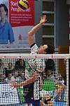 17.01.2018,  Lueneburg GER, VBL, SVG Lueneburg vs Bergische Volleys Solingen im Bild Einzelaktion Hochformat Raymond Szeto(Lueneburg #12) / Foto © nordphoto / Witke