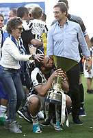 Calcio, Serie A: Juventus vs Crotone. Torino, Juventus Stadium, 21 maggio 2017.<br /> Juventus&rsquo; Gonzalo Higuain, center, is caressed by his mother as he kisses the trophy during the celebrations for the victory of the sixth consecutive Scudetto at the end of the Italian Serie A football match between Juventus and Crotone at Turin's Juventus Stadium, 21 May 2017. Juventus defeated Crotone 3-0.<br /> UPDATE IMAGES PRESS/Isabella Bonotto
