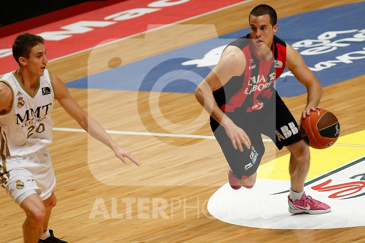 Real Madrid´s Carroll and Caja Laboral´s Thomas Heurtel during La Liga ACB Playoffs semifinal last match, Madrid 2012/June/02..(ALTERPHOTOS/ARNEDO)