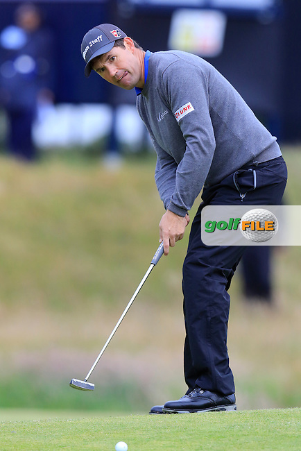 Padraig HARRINGTON (IRL) takes his putt on the 17th green during Monday's Final Round of the 144th Open Championship, St Andrews Old Course, St Andrews, Fife, Scotland. 20/07/2015.<br /> Picture Eoin Clarke, www.golffile.ie
