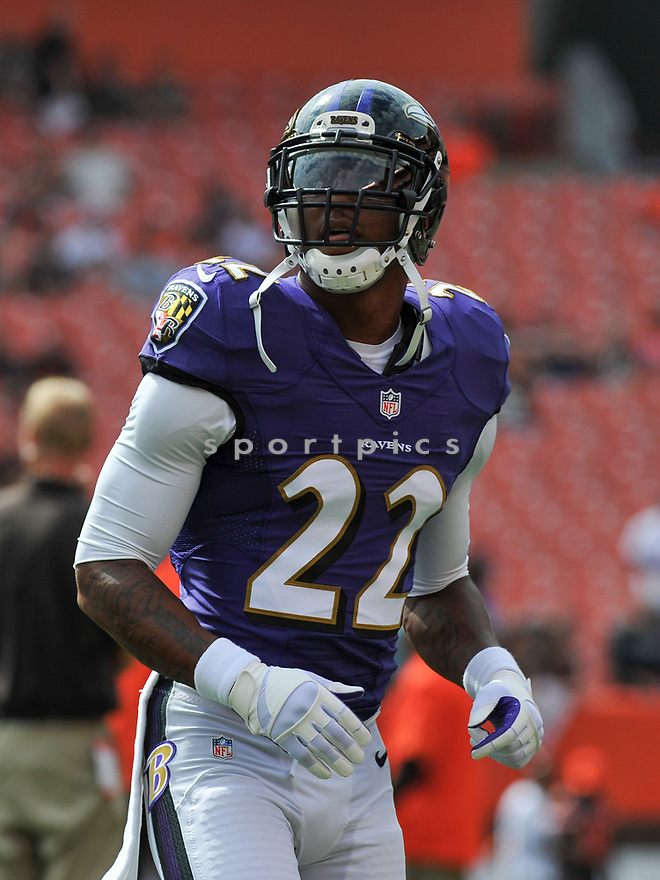 CLEVELAND, OH - JULY 18, 2016: Cornerback Jimmy Smith #22 of the Baltimore Ravens warms up prior to a game against the Cleveland Browns on July 18, 2016 at FirstEnergy Stadium in Cleveland, Ohio. Baltimore won 25-20. (Photo by: 2017 Nick Cammett/Diamond Images)  *** Local Caption *** Jimmy Smith(SPORTPICS)