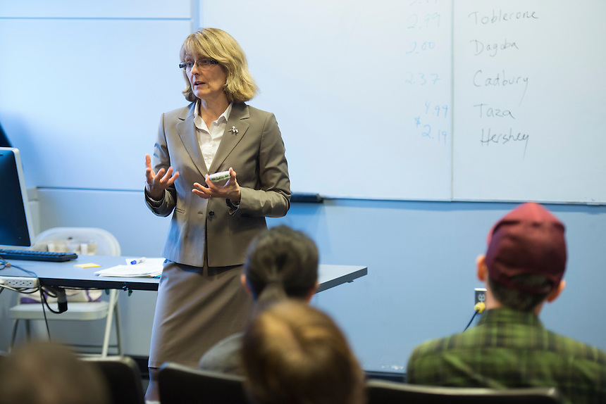 marketing, marketing communication, graduate, course, class, classroom, cathy water, Cathy Waters, lecture, students