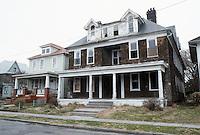 1984 March ..Conservation.Berkley 3....304 Hardy Avenue...NEG#.NRHA#..