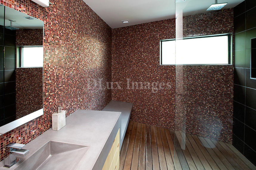 Contemporary bathroom with douche cabin