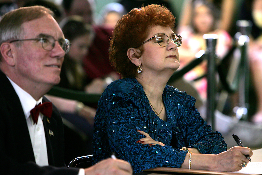 Judges, left, Burt Dibble and, right, Brina Rickerman listen to Brian Krisko sing during the Karaoke Idol and Dance Event held at the Exeter Town Hall in Exeter, N.H., Sunday, May 4, 2008 (Portsmouth Herald Photo/Cheryl Senter)