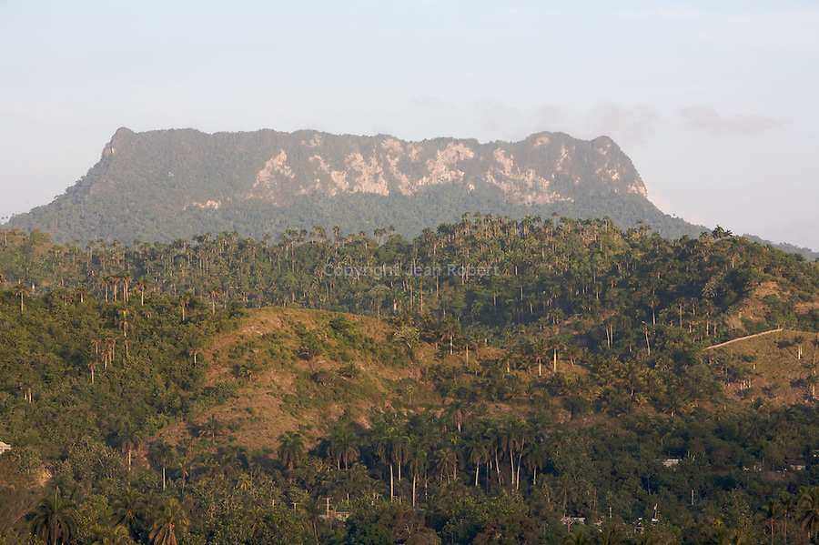 Tabular mountain of El Yunque (569 m) nearby Baracoa (Guantanamo province)