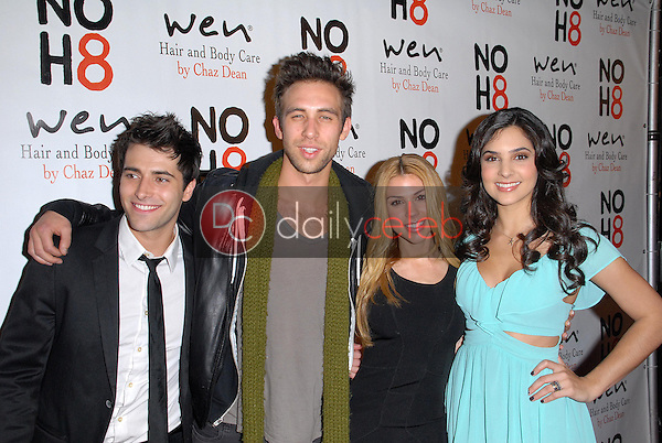 Freddie Smith, Blake Berris, Kate Mansi, Camila Banus<br />