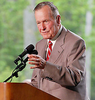 George Bush At CEREMONY TO DEDICATE THE NEW BILLY GRAHAM LIBRARY IN CHARLOTTE , NC  05-31-2007.PHOTO BY JONATHAN GREEN/Celebrity Photography USA