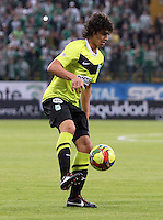 BOGOTA - COLOMBIA-20-04-2013:  Steffan Medina   jugador del Atlético Nacional  en acción   contra Seguros La Equidad   durante partido en el estadio  de Techo de la ciudad de Bogotá, abril 20 de 2013. partido por la  fecha doce  de la Liga Postobon I. (Foto: VizzorImage / Felipe Caicedo / Staff).   Steffan Medina l of  Atletico Nacional in action against Equity Insurance during party in the stadium roof in the city of Bogota, April 20, 2013. match the twelfth day of the Liga Postobon I . (Photo: VizzorImage / Felipe Caicedo / Staff.