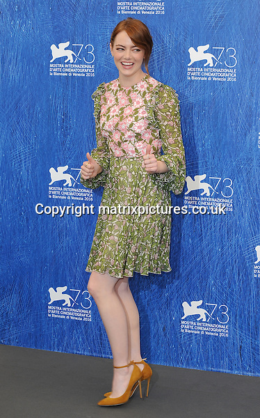 NON EXCLUSIVE PICTURE: PAUL TREADWAY / MATRIXPICTURES.CO.UK<br /> PLEASE CREDIT ALL USES<br /> <br /> WORLD RIGHTS<br /> <br /> American actress Emma Stone attending the La La Land photo call at the 73rd Venice Film Festival in Italy.<br /> <br /> AUGUST 31st 2016<br /> <br /> REF: PTY 162802