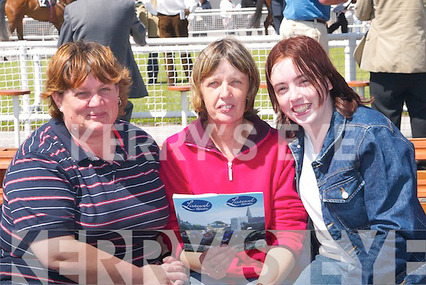 7083- 7088..RACES: Lisa Healy, Katherine and Elizabeth Relihan who enjoyed Listowel Races on Sunday.