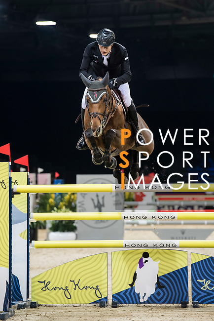 Marc Houtzager of The Netherlands riding Sterrehof's Calimero competes in the Longines Grand Prix during the Longines Masters of Hong Kong at AsiaWorld-Expo on 11 February 2018, in Hong Kong, Hong Kong. Photo by Diego Gonzalez / Power Sport Images
