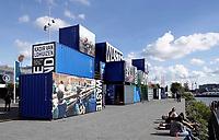 Nederland Amsterdam - 2018. Expositie Wasteland van fotograaf Kadir van Lohuizen. Een fotoproject over afvalstromenl wereldwijd.    Foto Berlinda van Dam / Hollandse Hoogte