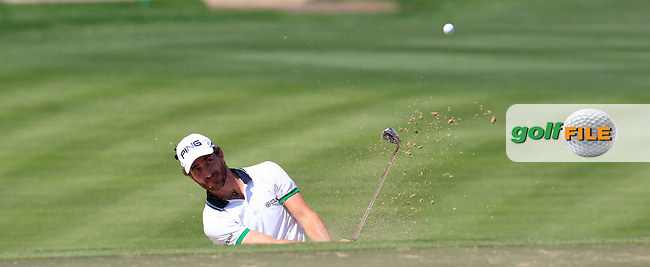Alejandro CANIZARES (ESP) in a bunker at the 10th green during Thursday's Round 1 of the 2015 Omega Dubai Desert Classic held at the Emirates Golf Club, Dubai, UAE.: Picture Eoin Clarke, www.golffile.ie: 1/29/2015