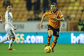 3rd November 2017, Molineux, Wolverhampton, England; EFL Championship football, Wolverhampton Wanderers versus Fulham; Léo Bonatini of Wolverhampton Wanderers looks ahead for his best option