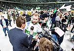 Stockholm 2015-03-14 Bandy SM-final herrar Sandvikens AIK - V&auml;ster&aring;s SK :  <br /> V&auml;ster&aring;s Anders Bruun intervjuas efter matchen mellan Sandvikens AIK och V&auml;ster&aring;s SK <br /> (Foto: Kenta J&ouml;nsson) Nyckelord:  SM SM-final final Bandyfinal Bandyfinalen herr herrar VSK V&auml;ster&aring;s SAIK Sandviken jubel gl&auml;dje lycka glad happy