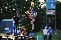 FIERLJEPPEN: IT HEIDENSKIP: 17-06-2017, winnaar dames Marrit van der Wal, ©foto Martin de Jong